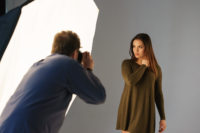Portrait Workshop in Hamburg: Model und grosser Blitz